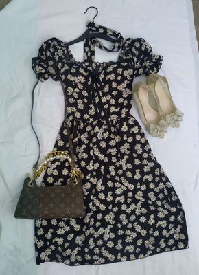 Đầm hoa cúc