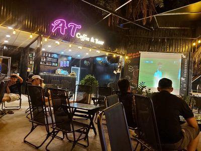 Quán cafe 60m2 mặt tiền đường song hành