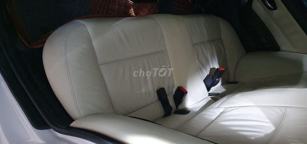 BMW 3 Series 2009 Tự động