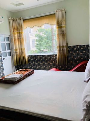 Bán gấp khách sạn đang thu nhập tốt tại TTHC Dĩ An