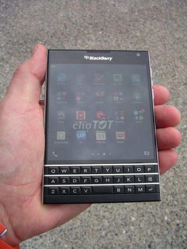 Blackberry Passport Đen or bù thêm GL Iphone lok