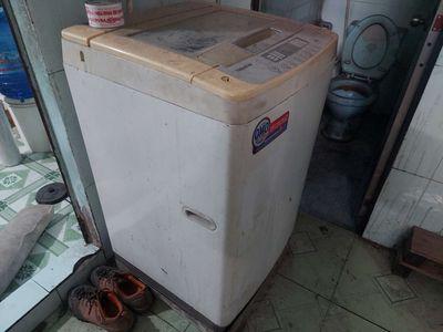 Chuyển nhà bán máy giặt 7,6 kg cho thợ