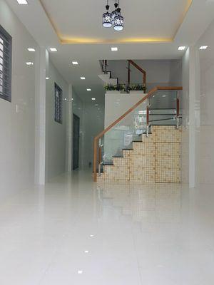 Bán nhà mới mặt tiền Lê Thị Bạch Cát, Quận 11