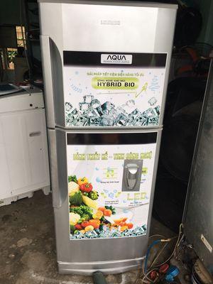 Thanh lý tủ lạnh Hitachi 180l