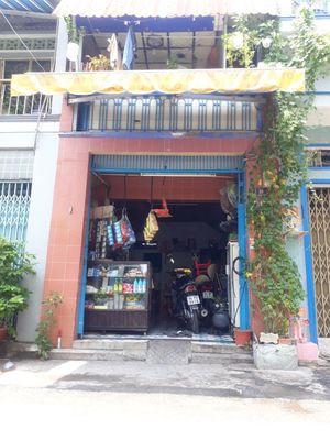 Ra gấp nhà mặt tiền Tân Phú