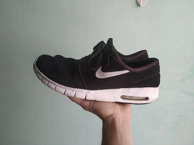 Giày Nike Air, đen, size 45.5