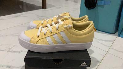 Giày adidas size 37 1/3