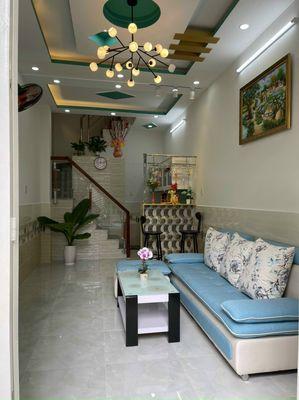 Nhà 2 Lầu 3PN SIÊU TO - Giá Chỉ có 1 Tỷ 750