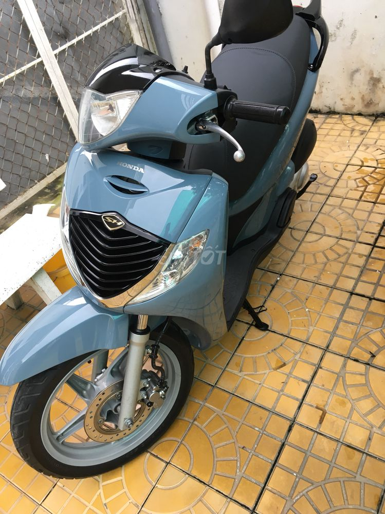 SH nhập Ý 150i 2007.màu xanh(mới 2019)9 chữ batten
