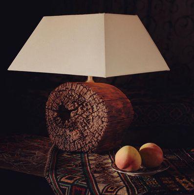 Đèn gỗ handmade vân độc lạ