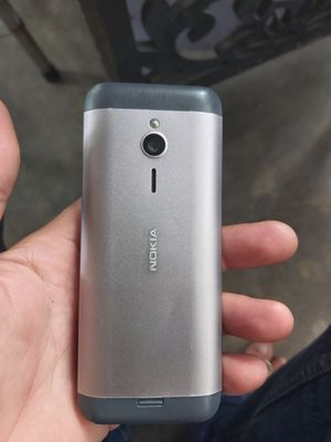 Nokia 230 cũ zin còn đẹp