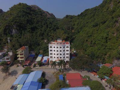 Bán Khách Sạn view vịnh Lan Hạ - có một không hai