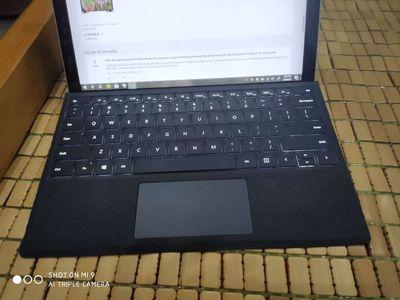 Laptop lai microsoft surface pro 4