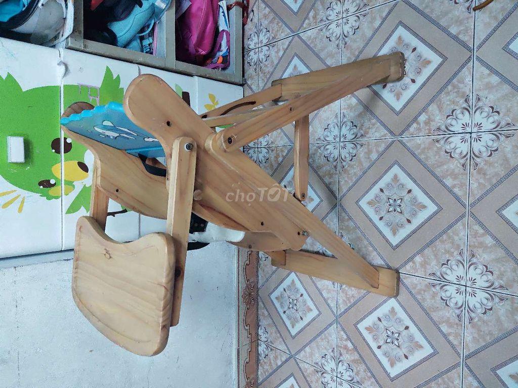 0794338505 - Ghế ăn dặm bằng gỗ cho bé