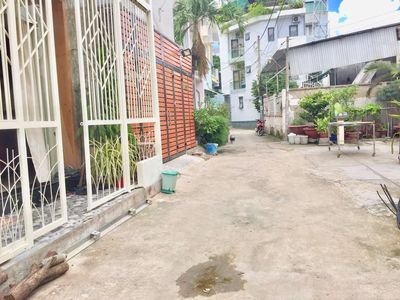 Nhà HXH 1 sẹc Hồ Bá Phấn, PLA, quận 9, 1T1L, 3PN