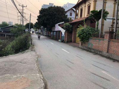 Bán gấp lô tại Tình Quang Giang Biên Long Biên