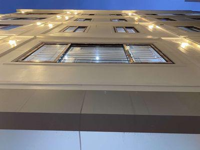 Bán nhà 5 tầng mới khu công chức dân trí cao
