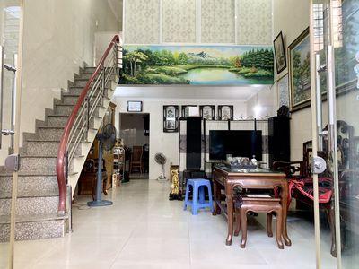 Nhà 2,5 tầng ô tô đỗ : Nguyễn Tường Loan - Lê Chân
