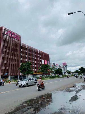 Bán shophouse Celadon City MT Bờ Bao Tân Thắng