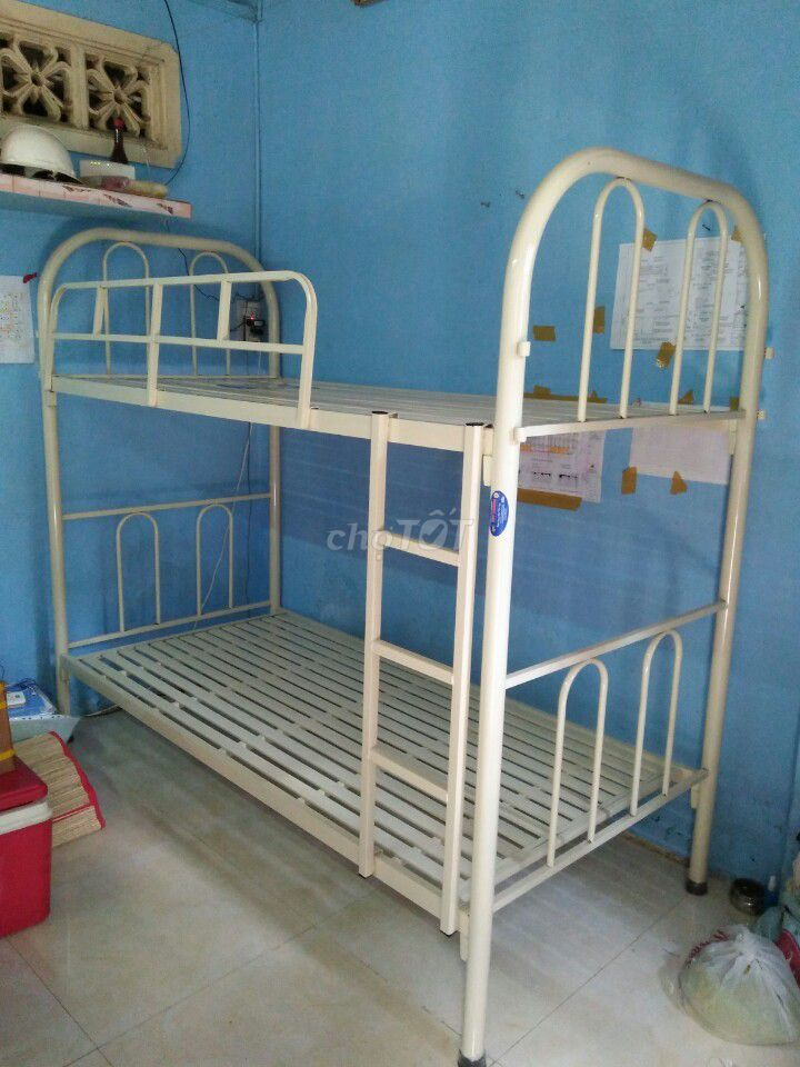 giường sắt hai tầng tháo lắp, sắt dày hàng cty
