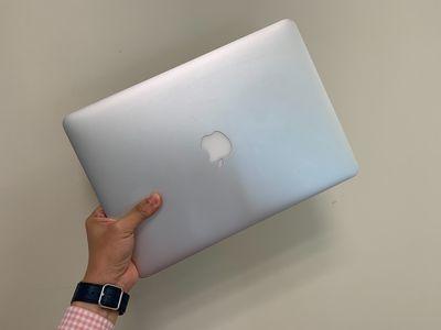 "Macbook air 2016 13"" Giá rẻ Nguyên zin"