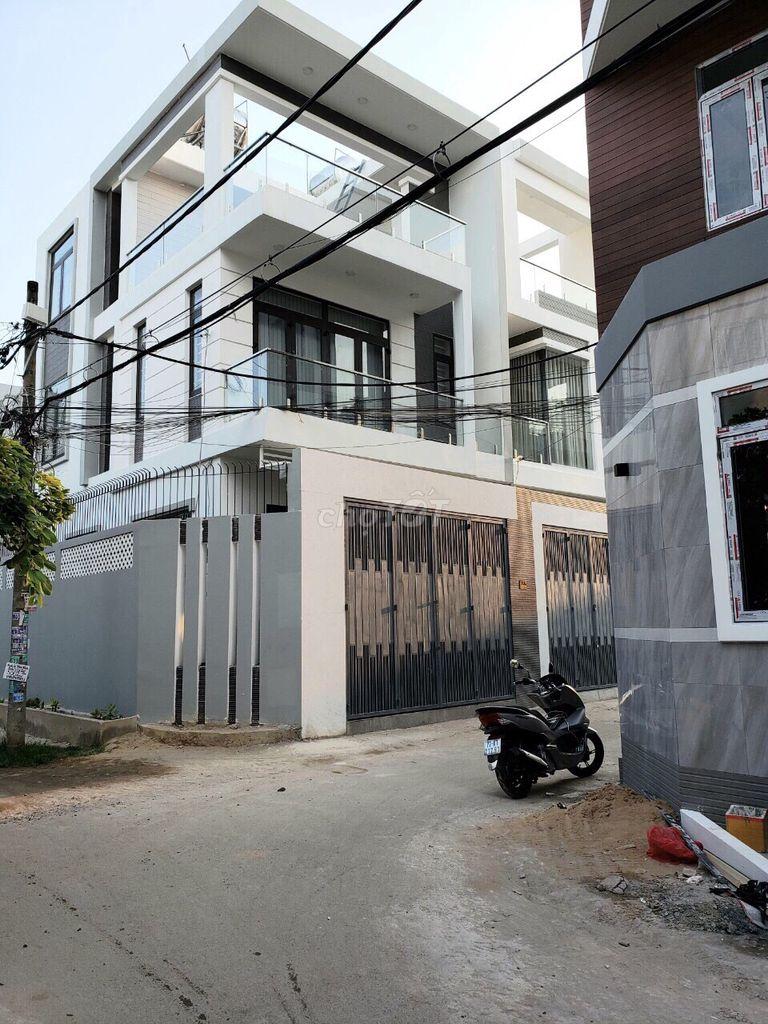 Cần bán nhà 2 lầu đường 22 Linh Đông,DT 61m2(5x11)