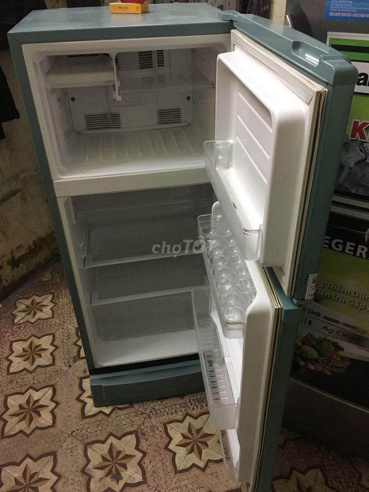 Tủ lạnh sharp 165lit mới 90%như hình đời mới