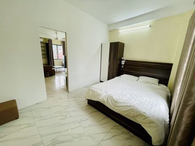 RICH HOUSING - LUXURY SERVICE APARTMENT IN MY DINH