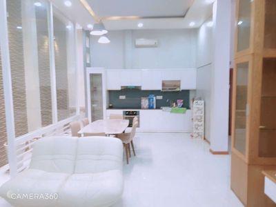 Chung cư k300,52 m2, nhà đẹp