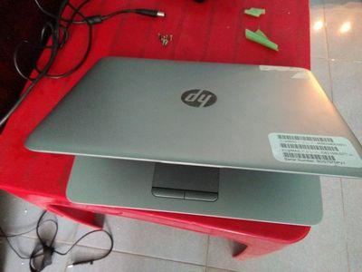 Laptop HP mong màn hình nhỏ