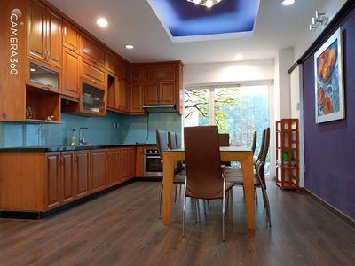 Nhà trệt 2 lầu đường số 43 phường Tân Phong Quận 7