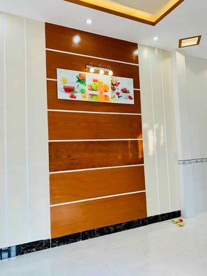 Nhà trệt lầu hẻm 105 Trần Quang Diệu