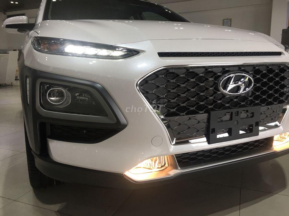 Hyundai Kona 1.6 Turbo đủ màu giá tốt - Giao ngay