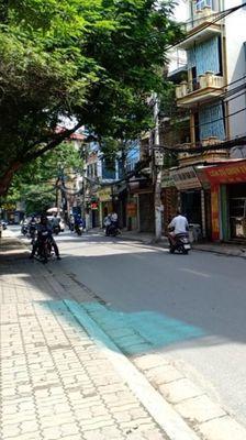 Mặt phố Nguyễn Ngọc Nại, Gara, Kinh doanh, Mới xây