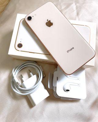 iphone 8 vàng 64gb còn BH tgdd 6tháng VN/A fullbox