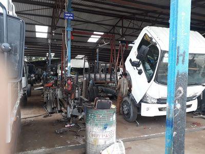 Gia công đóng thùng, hoán cải xe tải các loại