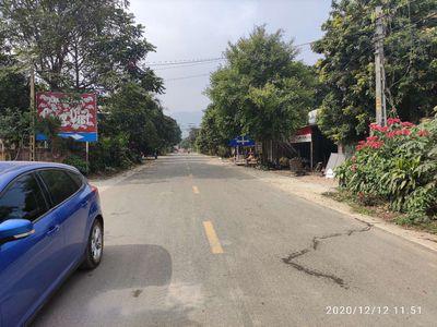 Đất mặt đường huyện Ba Vì, Hà Nội