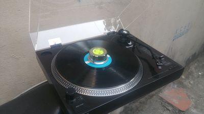 Mâm hát đĩa than Sony PS-350 - (Máy đẹp như mới)