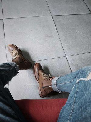 Giày da Zara Khaki, màu nâu, size 39 và 40