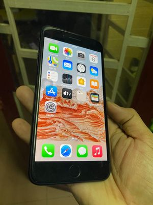 iPhone 7plus đen 128g quốc tế zin đẹp